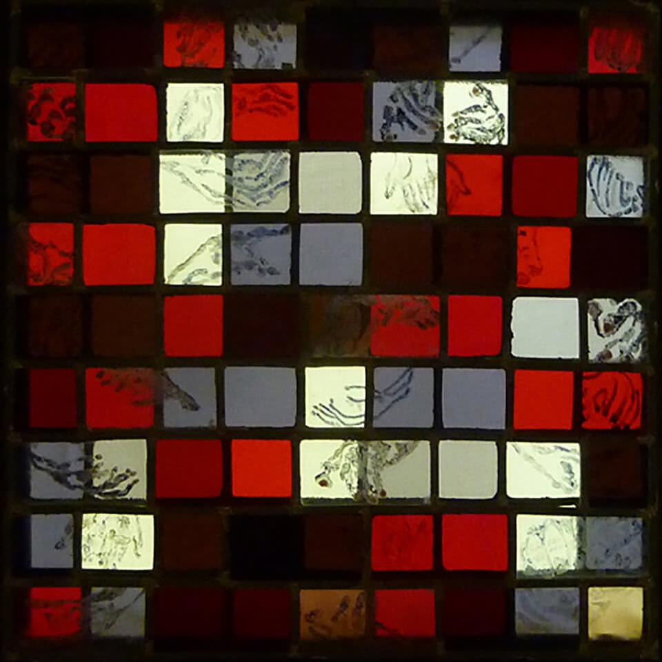 Op liefde en dood45 x 45 x 4Glas in lood, brandschildering, glasfusion, Tiffany(glassmelten, uit een stuk)